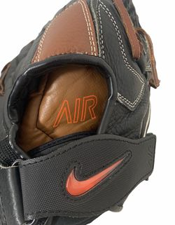 Nike Air Athena 12.5 Inch RHT Baseball Glove with Red Swoosh Rare for Sale in Aloha,  OR