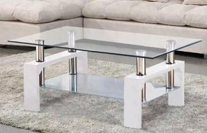 Coffee table new in box for Sale in Kissimmee, FL