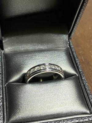 Men's wedding ring for Sale in Diamond Bar, CA