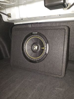 "Brand New 10"" KICKER - CompC Loaded Enclosures Single-Voice-Coil 4-Ohm Subwoofer - Black carpet for Sale in Cicero, IL"