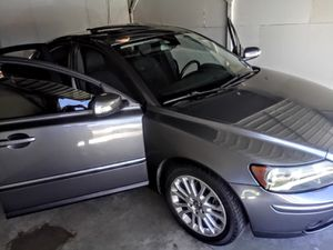 2007 volvo S40 2.4i CLEAN TITLE for Sale in Carlsbad, CA