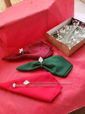 Blow glass napkin ring party favors for wedding's, Anniversary or Quinceanera for Sale in Riverside, CA