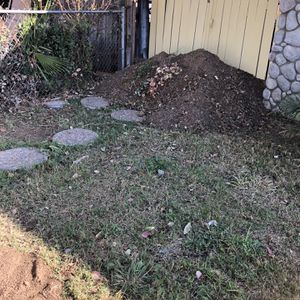 Free Dirt/paying To Rid Of Dirt for Sale in Riverside, CA