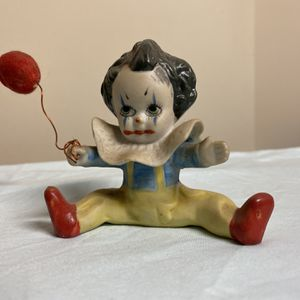 COLLECTIBLE Baby Pennywise Cloen Figurine for Sale in Lawrenceville, GA