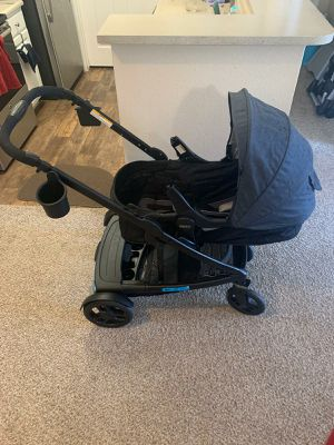 Graco UNO2DUO double stroller for Sale in Denver, CO
