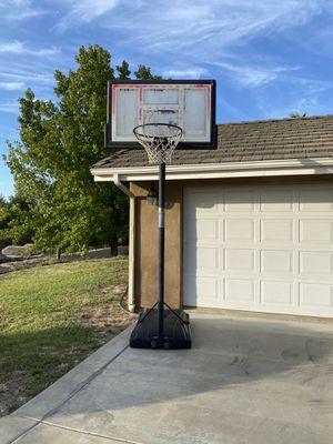 Basketball hoop for Sale in Fallbrook, CA