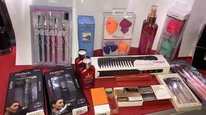 Makeup misc brushes for Sale in Raleigh, NC