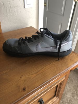 Men's Nike's size 12 for Sale in Phoenix, AZ