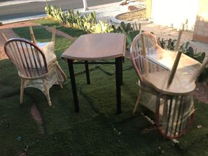 Wooden Table set with 4 chairs for Sale in Las Vegas, NV