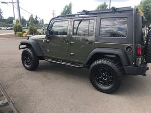 2015 Jeep Wrangler unlimited for Sale in Joint Base Lewis-McChord, WA