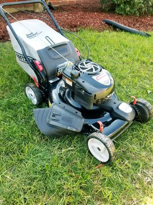 """Craftman """"Platinum Series"""" Lawn Mower for Sale in Hillcrest Heights, MD"""