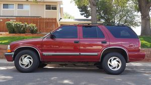 2000 chevy s10 blazer for Sale in Boulder, CO