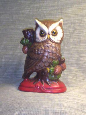 Mid-Century Retro Vintage Ceramic Owl Figurine 175 B Vintage Hand painted 1977 for Sale in Port Huron, MI