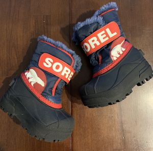 Sorel Kids Snow Boots - like new - size 5 for Sale in North Bethesda, MD