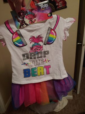 Trolls outfit never worn 2t for Sale in Spring, TX