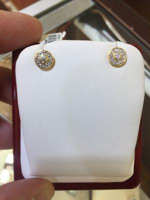 Diamond 10 K Y ear rings for Sale in Plano, TX