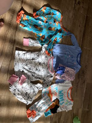 Pj bundle, girls, 2t, 24m, pajamas, bundle deals, Moana, Disney for Sale in Los Angeles, CA
