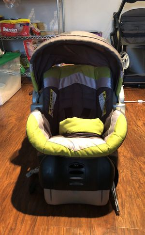 Car Seat (Price Negotiable) for Sale in Pittsburgh, PA