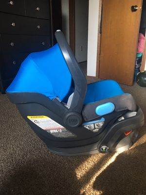 UPPAbaby car seat for Sale in Everett, WA