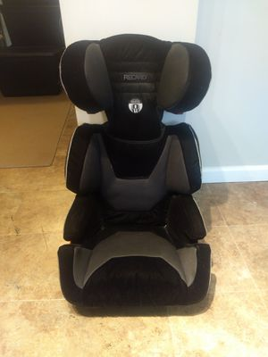 Gently pre-owned Recaro booster seat for Sale in St. Louis, MO