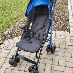 Urbini Folding Stroller That's In Great Condition! for Sale in Bradenton, FL