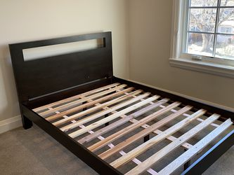 Full Size West Elm Bed Frame for Sale in Aurora,  CO