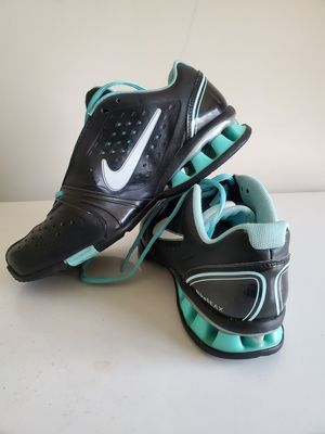 Nike shoe relax size 7 for Sale in Edgewood, MD