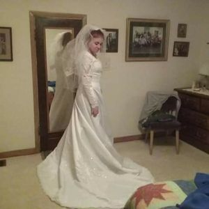 Wedding dress for Sale in Sioux Falls, SD