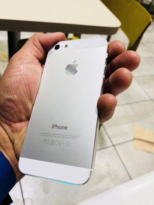 iPhone 5 liberado para cualquier compañía en el mundo lléveselo a méxico también le va servir mucho for Sale in Denver, CO
