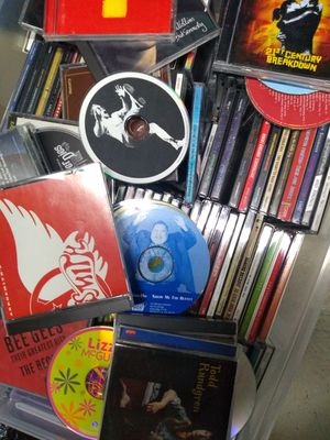 200+ CDs and DVDs for Sale in Minneapolis, MN