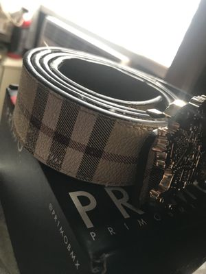 Burberry belt for Sale in Round Rock, TX