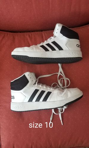 Adidas Mens size 10 for Sale in Gulf Breeze, FL