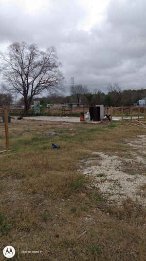 3 beds 2 bath (needs work)sits on 1/2 acre lot for Sale in Houston, TX