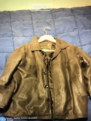 Eddie Bauer leather jacket xl for Sale in Bellerose, NY