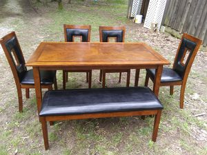 Kitchen table for Sale in Dawson Springs, KY