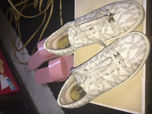 Michael kors for Sale in Queens, NY