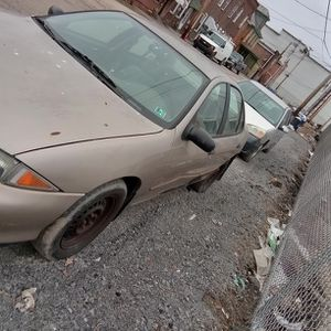 1999 Chevy Cavalier 4 Doors for Sale in Pittsburgh, PA
