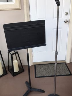 Music And Mic Stand for Sale in Hialeah,  FL