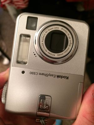 Kodak easyshare C330 digital camera for Sale in Champaign, IL