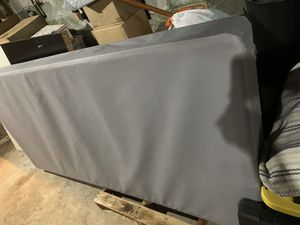 Twin XL box spring for Sale in Gloucester City, NJ