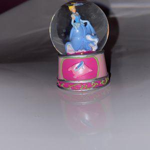 Disney Cinderella Mini Snow globe for Sale in Austell, GA