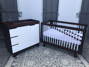 Babyletto Hudson Convertible Crib And Changing Table for Sale in Columbus, OH