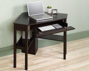 Small Corner Computer Desk, Cinnamon Cherry for Sale in Pico Rivera, CA