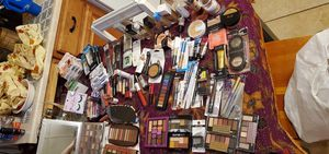 Makeup!! for Sale in Newport, KY