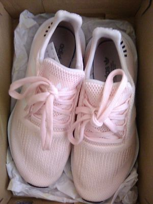 Adidas size 6 1/2 in women for Sale in Fresno, CA