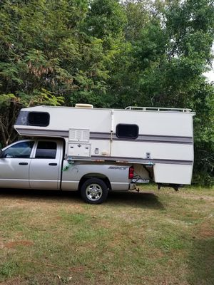 Truck Camper for Sale in Gulf Breeze, FL