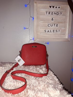 Kate spade crossbody ❤️ for Sale in Chicago, IL