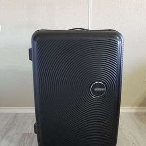 American Tourister for Sale in Garland, TX