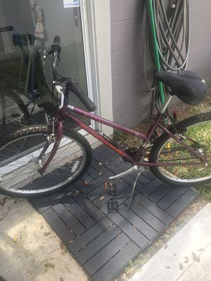 """Schwinn Clear Creek 26"""" Mountain Bike for Sale in Saint Petersburg, FL"""