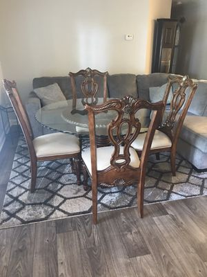 """Glass Top 54"""" Dinning Room Table with 4 Chairs for Sale in Warner Robins, GA"""